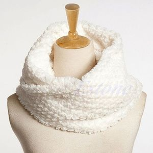 Accessories - Faux Fur Infinity Circle Cable Cowl Neck Scarf